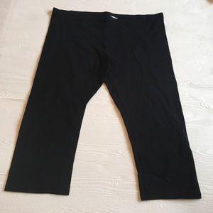 Lauren Conrad Black Stretch Capri Leggings